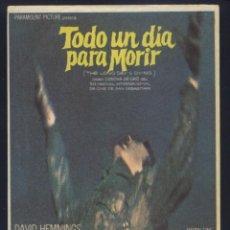 Cine: P-7864- TODO UN DIA PARA MORIR (THE LONG DAY'S DYING) DAVID HEMMINGS - TONY BECKLEY - TOM BELL. Lote 277620123