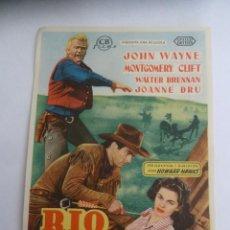 Cine: RIO ROJO JOHN WAYNE MONTGOMERY CLIFT FOLLETO DE MANO ORIGINAL ESTRENO PERFECTO ESTADO. Lote 156627026
