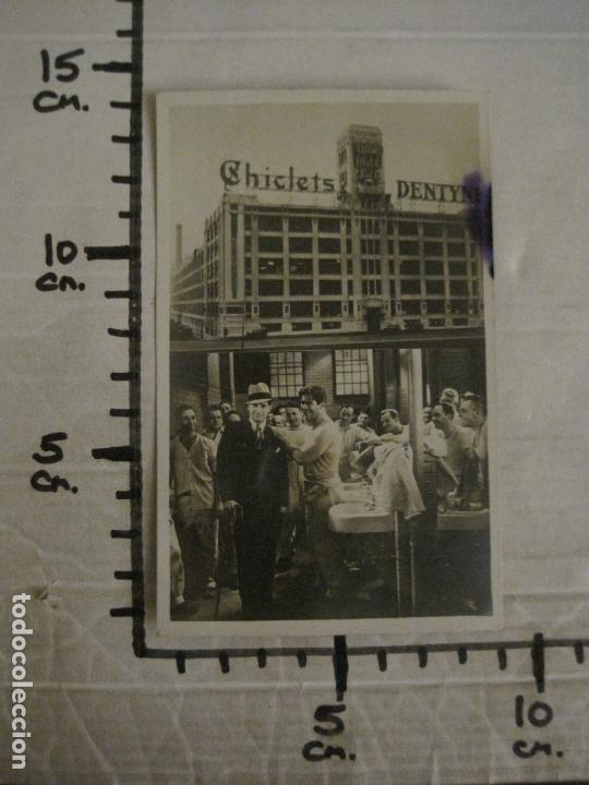 Cine: EL GRAN CHARCO- FABRICA CHICLETS ADAMS-PROGRAMA DE CINE-MAURICE CHEVALIER-VER FOTOS-(C-4301) - Foto 4 - 169334064