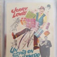 Cine: FOLLETO DE MANO / UN ESPIA EN HOLLYWOOD 1963. Lote 174286140