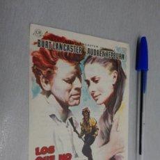 Cine: LOS QUE NO PERDONAN / BURT LANCASTER - AUDREY HEPBURN / PUBLICIDAD CINE CERVANTES VILLENA. Lote 209900300