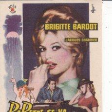 Cine: BABETTE SE VA A LA GUERRA BRIGITTE BARDOT. Lote 179964920
