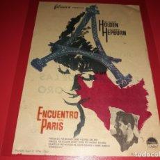 Cine: ENCUENTRO EN PARIS CON WILLIAM HOLDEN Y AUDREY HEPBURN. PUBLICIDAD DEL CINE AL DORSO. AÑO 1964. Lote 182075001