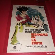 Folhetos de mão de filmes antigos de cinema: ESCANDALO EN LA CORTE CON SOFIA LOREN. PUBLICIDAD AL DORSO. AÑO 1960. Lote 184289641