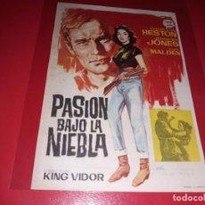 Folhetos de mão de filmes antigos de cinema: PASION BAJO LA NIEBLA CON CHARLTON HESTON.PUBLICIDAD AL DORSO. AÑO 1952. Lote 185739738