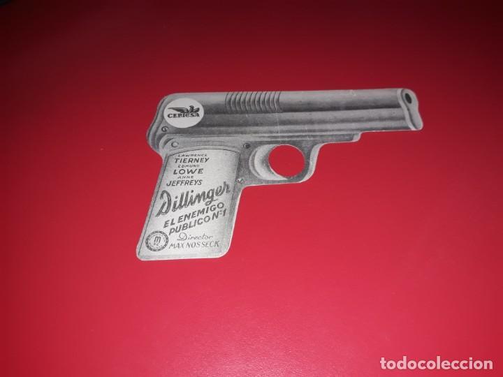 Cine: Folleto Troquelado Dillinger El Enemigo Publico nº 1. Con Publicidad. Año 1945. - Foto 2 - 189176817