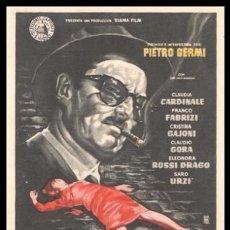 Cine: FOLLETO DE MANO, UN MALDITO EMBROLLO, CLAUDIA CARDINALE, FRANCO FABRIZZI Y DEMAS.. Lote 194144980