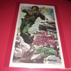 Cine: LOS JOVENES INVASORES. PUBLICIDAD AL DORSO. AÑO 1958.. Lote 194158557