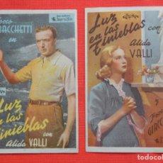 Cine: LUZ EN LAS TINIEBLAS, 2 SENCILLOS, FOSCO GIACCHETTI, 1 C/PUBLI CINE CATALUÑA CINE TRIUNFO 1943. Lote 194519392