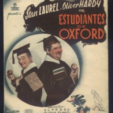 Cine: P-5763- ESTUDIANTES EN OXFORD (A CHUMP AT OXFORD) (DOBLE) STAN LAUREL - OLIVER HARDY. Lote 194606540