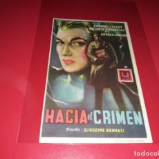 Cine: HACIA EL CRIMEN. PUBLICIDAD AL DORSO. AÑO 1957.. Lote 194970676