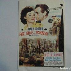 Cine: POR EL VALLE DE LAS SOMBRAS SIN PUBLICIDAD. Lote 195612607