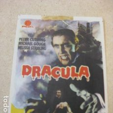 Flyers Publicitaires de films Anciens: DRACULA - FOLLETO MANO ORIGINAL - PETER CUSHING CHRISTOPHER LEE TERENCE FISHER HAMMER FILM IMPRESO. Lote 197774988
