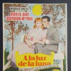 Cine: A LA LUZ DE LA LUNA - AÑO 1954 - FOLLETO - PROGRAMA CINE - DORIS DAY ..L704. Lote 200141335