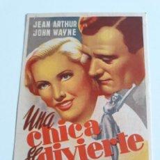 Cine: FOLLETO - UNA CHICA SE DIVIERTE-WILLIAM SEITER-JEAN ARTHUR-JOHN WAYNE. Lote 201598776