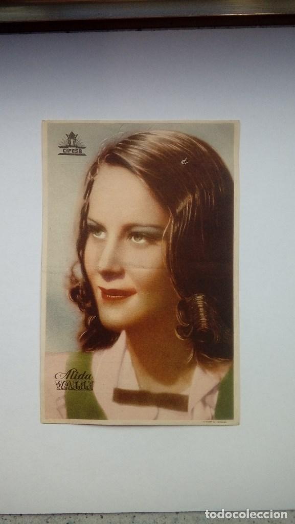 FOLLETO DE CINE A LAS 9 LECCION DE QUIMICA PORTADA FOTO DE ALIDA VALLI 1944 TEATRO CERVANTES (Cine - Folletos de Mano - Comedia)