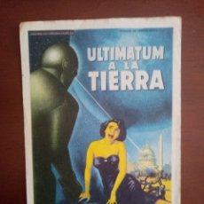 Cine: FOLLETO DE CINE, ULTIMÁTUM A LA TIERRA, CON PUBLICIDAD TRASERA. Lote 208145382