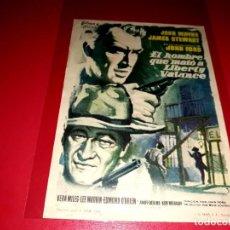 Cine: EL HOMBRE QUE MATÓ A LIBERTY VALANCE CON JOHN WAYNE Y JAMES STEWART PUBLICIDAD AL DORSO AÑO 1962. Lote 209800680