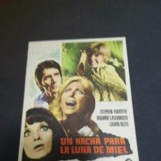 Folhetos de mão de filmes antigos de cinema: PROGRAMA DE CINE. C/P. UN HACHA PARA LA LUNA DE MIEL. NUEVO TEATRO CIRCO. 1971. Lote 210291197