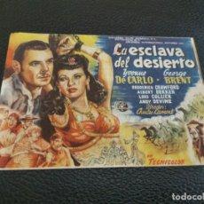 Flyers Publicitaires de films Anciens: PROGRAMA DE MANO ORIG - LA ESCLAVA DEL DESIERTO - CINEMA MONTGRI. Lote 213972363