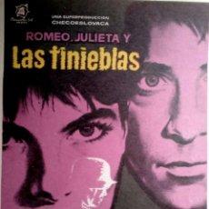 Cine: CINE. PROGRAMA DE MANO: ROMEO Y JULIETA Y LAS TINIEBLAS POR IVÁN MISTRIK-DANIELA SMUTNÁ.. Lote 214149352