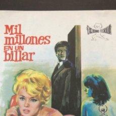 Cine: FOLLETO DE MANO PELÍCULA MIL MILLONES EN UN BILLAR. Lote 216573890
