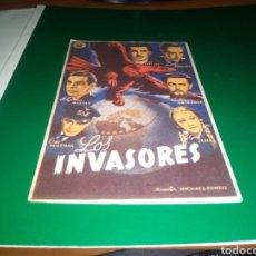 Cine: ANTIGUO PROGRAMA DE CINE SIMPLE LOS INVASORES. CON PUBLICIDAD CINE CAPITOL DE CASTELLÓN. 1946. Lote 216982596