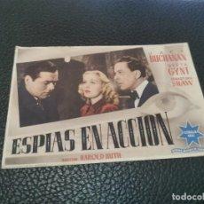Flyers Publicitaires de films Anciens: PROGRAMA DE MANO ORIG - ESPÍAS EN ACCIÓN - CON CINE DE BAÑOLAS IMPRESO AL DORSO. Lote 217605548