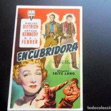 Foglietti di film di film antichi di cinema: PROGRAMA DE CINE - ENCUBRIDORA - CINE CARMEN DE PALAMÓS - 1953. Lote 217789650