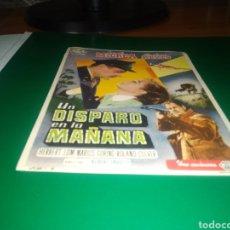 Cine: ANTIGUO PROGRAMA DE CINE GRANDE. UN DISPARO EN LA MAÑANA. Lote 218121180