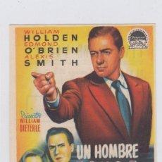 Flyers Publicitaires de films Anciens: UN HOMBRE ACUSA. PROGRAMA DE CINE. SENCILLO CON PUBLICIDAD. CINE M.DE VARELA. SAN FERNANDO.. Lote 218635240