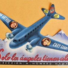 Cine: SOLO LOS ANGELES TIENEN ALAS - FOLLETO DE MANO TROQUELADO 1943. Lote 221266257