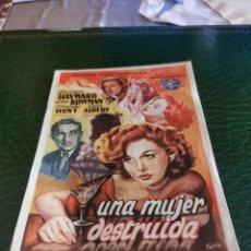 Flyers Publicitaires de films Anciens: PROGRAMA DE MANO ORIG - UNA MUJER DESTRUIDA - CON CINEMA SALAMANCA IMPRESO DORSO. Lote 221470973