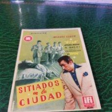 Cine: PROGRAMA DE MANO ORIG - SITIADOS EN LA CIUDAD - SIN CINE IMPRESO DORSO. Lote 221611303