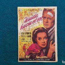 Cine: PROGRAMA DE MANO CINE HUIDA HACIA EL SOL (1957) CON CINE AL DORSO. Lote 222267416