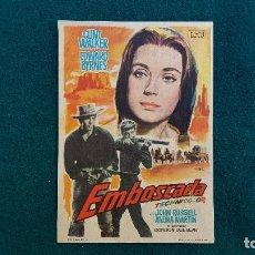 Cine: PROGRAMA DE MANO CINE EMBOSCADA (1963) CON CINE AL DORSO. Lote 222807847