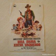 Cine: PROGRAMA DE MANO - UNA DAMA ENTRE VAQUEROS - JAMES STEWART PUBLICIDAD AL DORSO CINE EBRO FLIX. Lote 222810348
