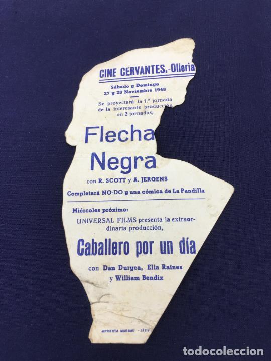 Cine: FLECHA NEGRA - FOLLETO DE MANO TROQUELADO CON PUBLICIDAD - REF. FM-201 - Foto 2 - 223033771