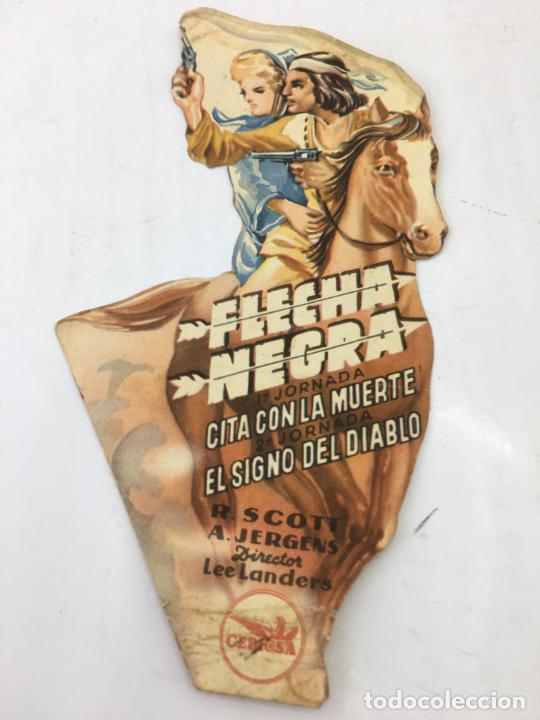 FLECHA NEGRA - FOLLETO DE MANO TROQUELADO CON PUBLICIDAD - REF. FM-201 (Cine - Folletos de Mano - Westerns)