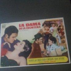 Cine: LA DAMA DE LA FRONTERA CON PUBLICIDAD CINE GOYA MÁLAGA. Lote 224095873