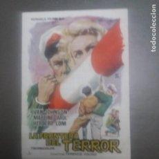 Cine: LA FRONTERA DEL TERROR CON PUBLICIDAD CINE GOYA MÁLAGA. Lote 224633643