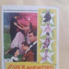 Cine: EL AMOR NACIO EN PARIS. Lote 225752615