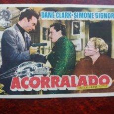 Cine: ACORRALADO CON PUBLICIDAD CINE ECHEGARAY MÁLAGA. Lote 226570560