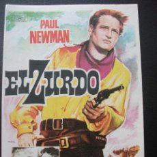 Flyers Publicitaires de films Anciens: EL ZURDO, PAUL NEWMAN. Lote 227762570
