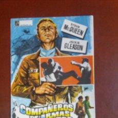 Cine: COMPAÑEROS DE ARMAS Y PUÑETAZOS. Lote 232811790
