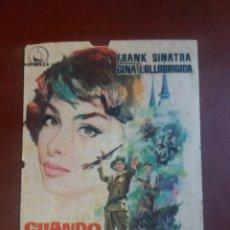 Cine: CUANDO HIERVE LA SANGRE CON PUBLICIDAD CINEMA VÍCTORIA. Lote 232922535