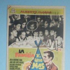 Cine: FOLLETO - PELÍCULA, FILM - LARGOMETRAJE - LA FAMILIA Y UNO MÁS - ALBERTO CLOSAS - CINE MONTECARLO. Lote 235338400