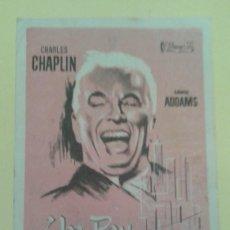 Cine: UN REY EN NUEVA YORK CHARLES CHAPLIN ORIGINAL C.P CINE COLISEUM ALGUN DEFECTO. Lote 236763300