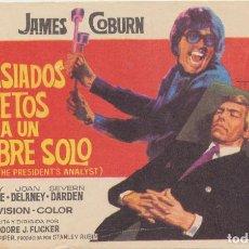 Flyers Publicitaires de films Anciens: DEMASIADOS SECRETOS PARA UN HOMBRE SOLO. SENCILLO DE MERCURIO. Lote 237528285