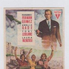 Foglietti di film di film antichi di cinema: LUNA DE VERANO. PROGRAMA DE CINE SENCILLO CON PUBLICIDAD. TEATRO ANDALUCIA. CÁDIZ.. Lote 239697495